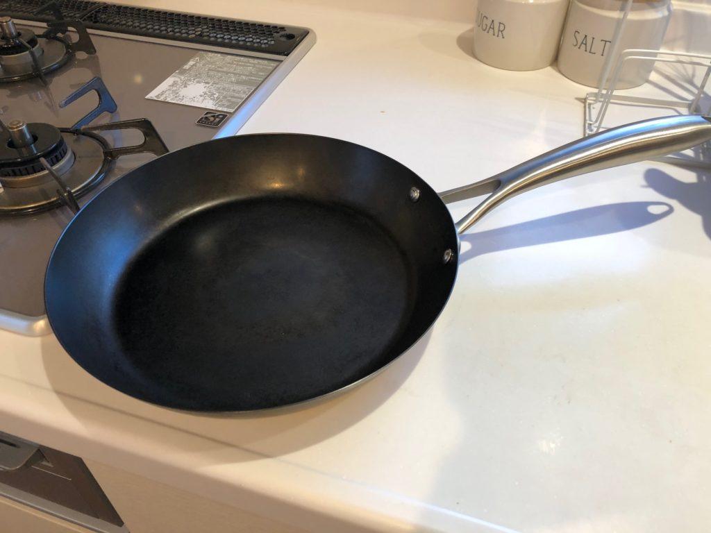 使用後1年経過の鉄のフライパン